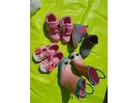 Child size 5 shoe bundle.