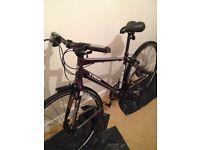 bike. Trek 7.6 model. womans hybrid
