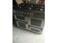 Cannon gas and electric cooker with storage