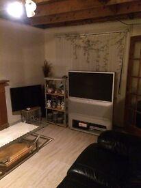 1 bedroom to let (£255) all inclusive of bills