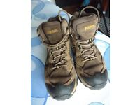 Meindl Tampa Mid XCR childrens walking boots. Size EUR 32 / UK 2.