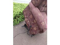 Mobility electric riser recliner *can deliver