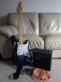 Electric guitar and accessories: Shine metallic blue. Great condition!