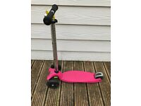 Girls Pink Maxi Microscooter