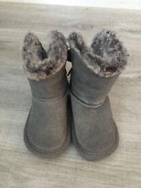 Girls NEXT boots size UK3 (infant)