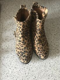 Next Girls ankle boots size 13