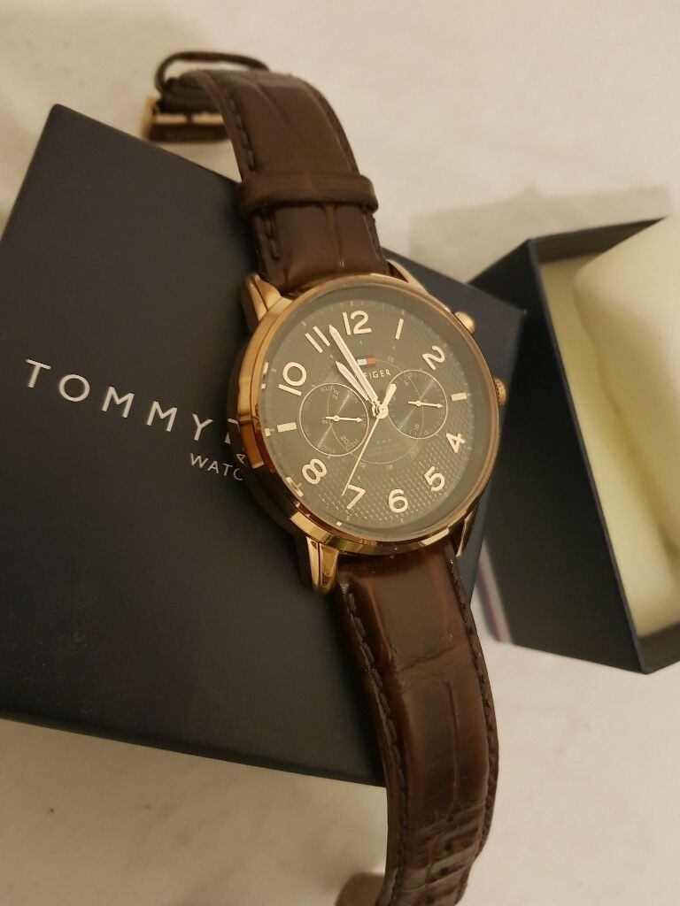 Tommy hilifiger men watch for sale