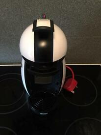 Dolce gusto coffee machine * perfect condition *