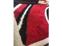 Black & Red Rug - 160x230