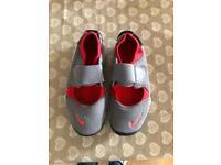 Boys Nike Rifts size 3.5