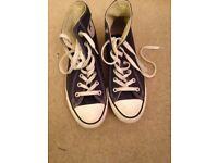 Mens Navy Blue Converse, size 6