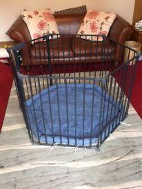 Baby Dan hexagonal playpen/room divider with play tent and mat. (Black)