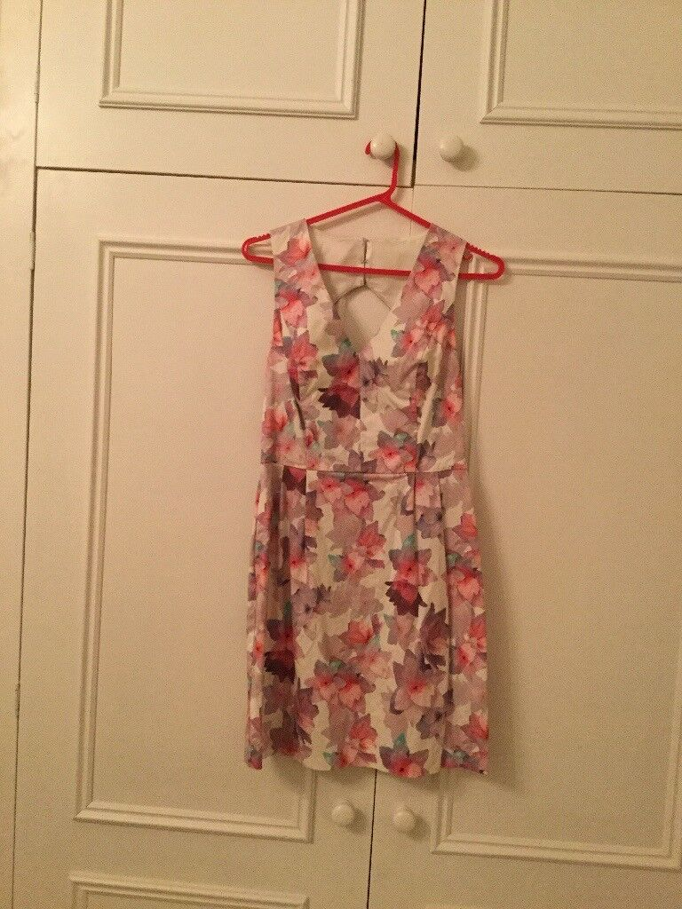 Floral dress for sale, size 10, from Oasis