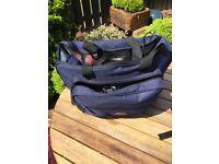 Insulated picnic bag and rug