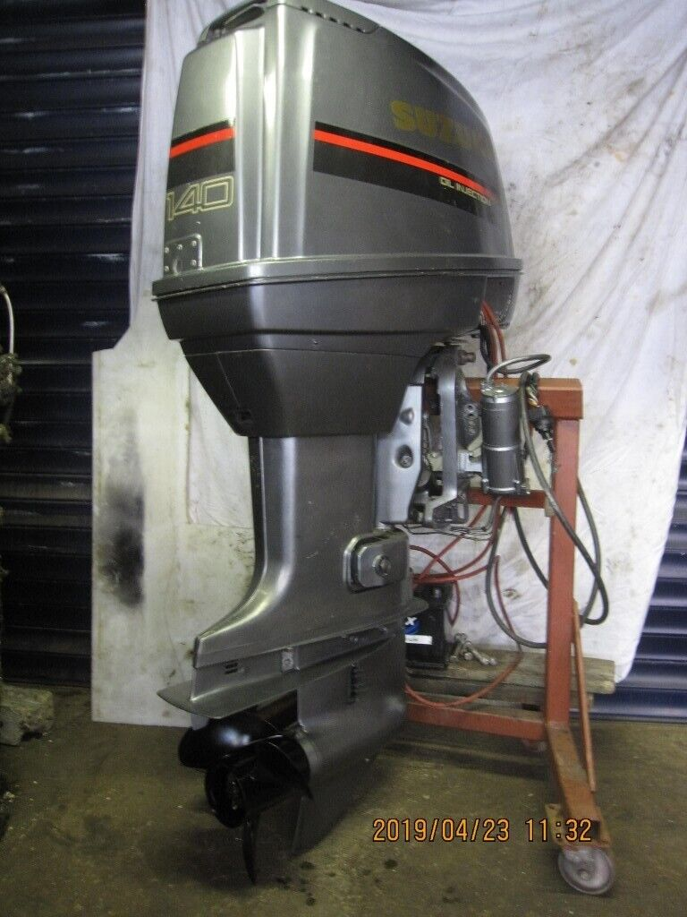 Suzuki DT140,2 Stroke oil injection outboard motor  New complete engine  block 2016  | in Redcar, North Yorkshire | Gumtree