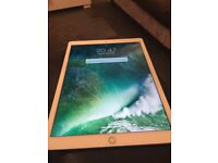 iPad version 10.3.2 rose gold wifi /cellular 128 gb