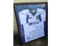 Signed and framed football shirt - Tottenham Hotspur - Spurs - Near Ferndown, Dorset
