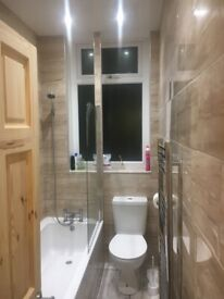 ROOM TO LET IN A VERY CLEN HOUSE MOSTON M9