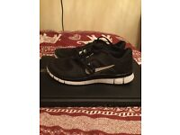Black Nike Free Run Trainers - Never worn! Size 5.5