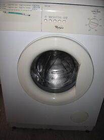 White Whirlpool 1400 Spin Washing Machine