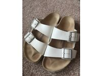 Birkenstock Arizona Ladies White Size 5 38 2 Strap Sandals Flip Flops