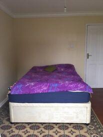 To rent one double bedroom