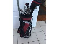 Dunlop Max Golf Clubs with Bag