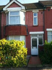 Large double room for rent near the train station.