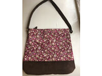 Manumit handbag
