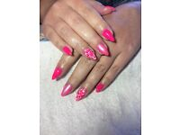 GEL NAILS! EXPERIENCED TECHNICIAN Eastbourne