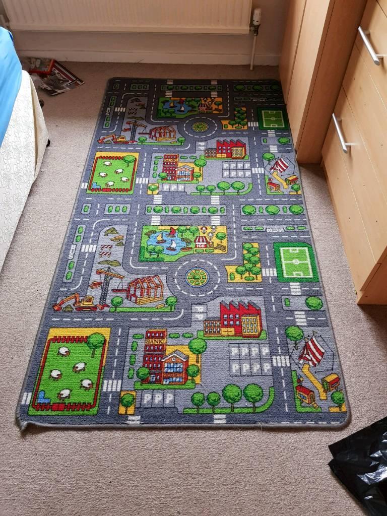 Childrens play mat