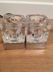 Set of 2 ice cube touch table lamps. Each lamp measures 100 x 70 x 70mm