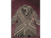 Black and white pattern oversized coat 8