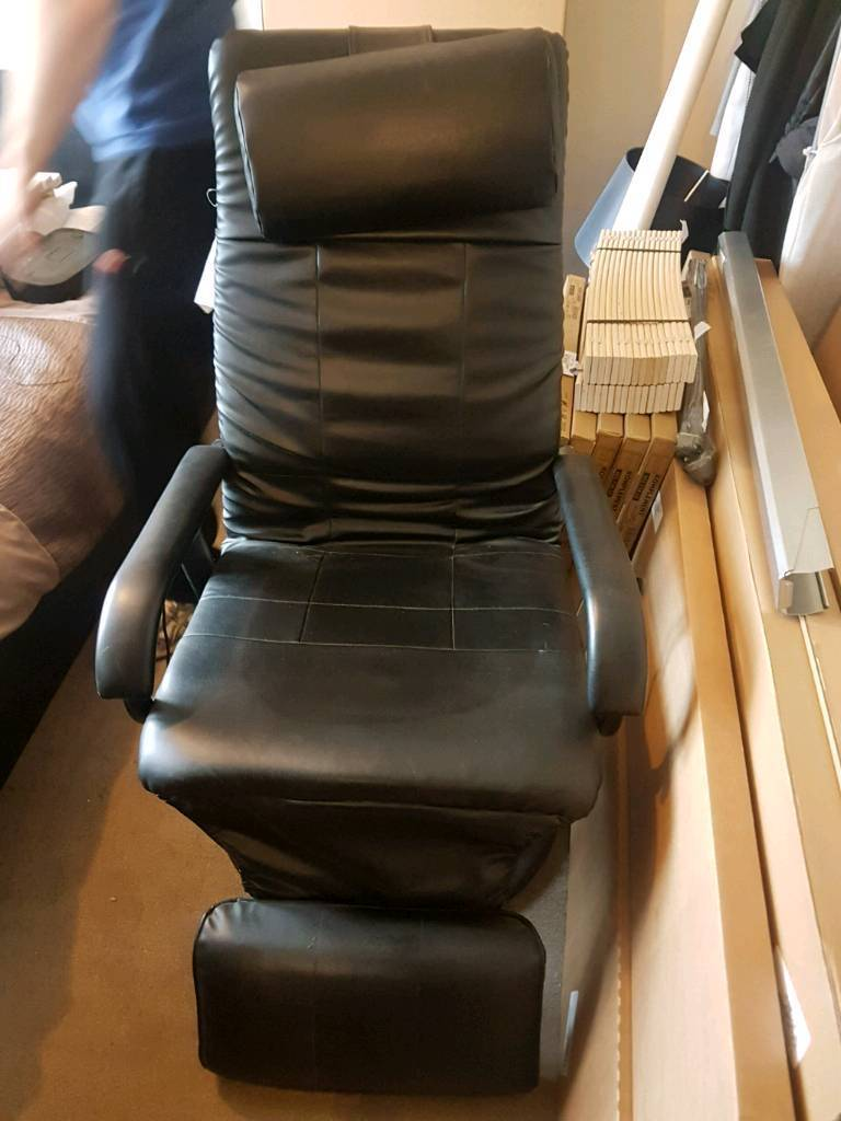 Office chair excellent condition