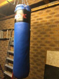 Punch bag with bag gloves
