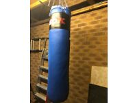 Punch bag with bag gloves