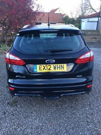April 2012 Ford Focus Estate 1600 Econetic diesel with many factory extras