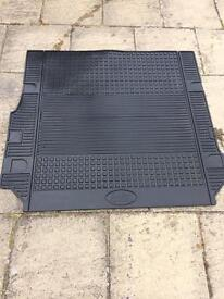 Land Rover boot liner