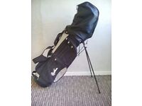 Set of CONFIDENCE Golf Clubs in excellent condition