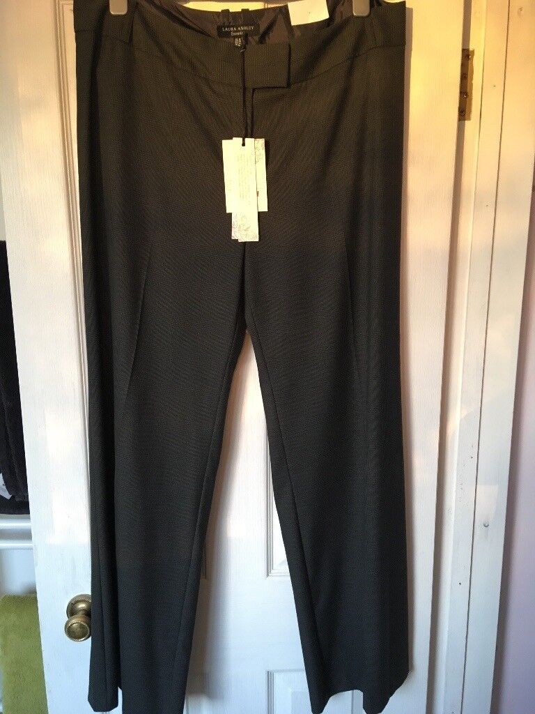 Laura Ashley ladies trousers size 18