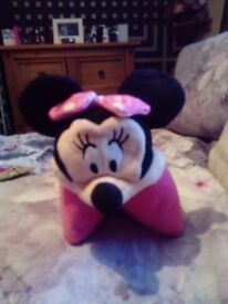 Collection of Minnie Mouse toys