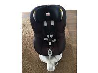 Britax dualfix car seat, group 1-2 forward and rearward facing. Mint condition.