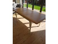 Cream and Oak Country Style Dining Table- extendable and in excellent condition