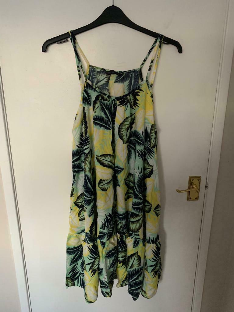 878a815e16 M & S Beach Dresses size 22 | in Crawley, West Sussex | Gumtree