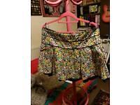 Very cute little skirt... size 16