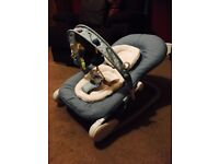 Chicco hoopla bouncer chair, never used!!!