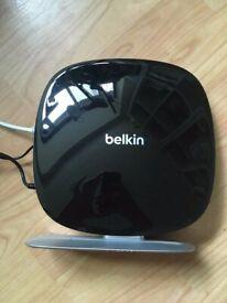 BELKIN AC1200 dual band wireless modem router - DSL modem - 4-port switch (integrated) - F9J1106v1