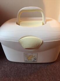 Winnie the pooh Baby box £5