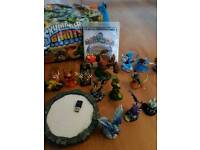 PS3 Syklanders game with figures portal and bag