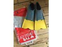 TYR crossblade all purpose swim training fins size 40 - 41 or UK 7 - 9